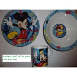 Ensemble petit dejeuner Mickey
